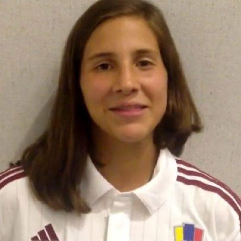 Verónica Herrera es una futbolista de 16 años que juega para Venezuela. Foto:Vía instagram.com/vvherrera2
