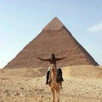 También visitó Egipto y las místicas pirámides de Gizeh. Foto:Vía instagram.com/floydmayweather