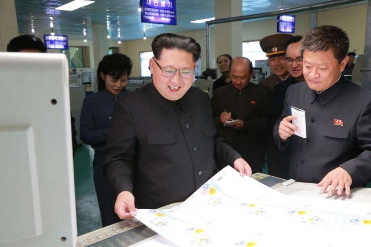 """El artículo publicado en el periódico estatal """"Pyongyang Times"""", y citado por medios internacionales como """"The Guardian"""", afirma que la fábrica de alimentos Taedonggang creó una bebida a la que le sustituyeron azúcar por arroz glutinoso, el cual mejora el sabor y elimina la sensación de resaca Foto:AFP"""