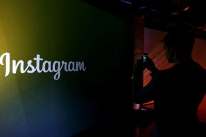 """""""Seguimos"""" y """"nos siguen"""", concepto parecido al que maneja Twitter. Foto:Getty Images"""