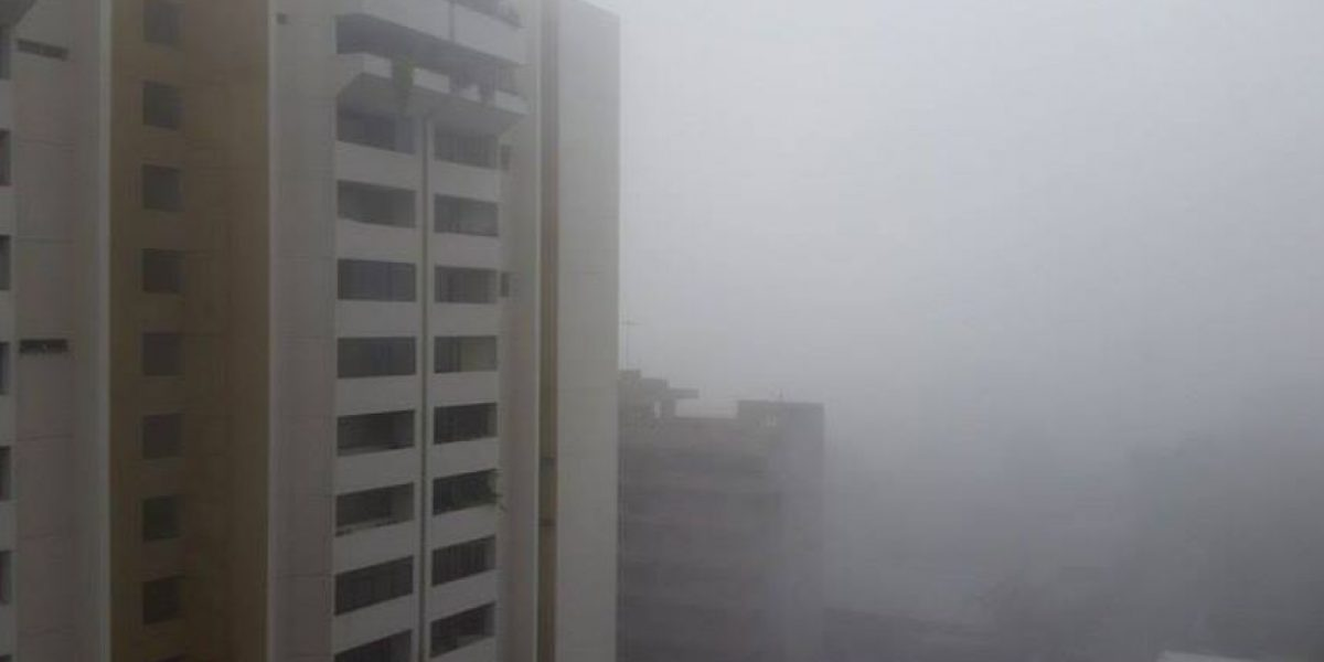 ¿Por qué se genera la niebla que vemos este miércoles en la ciudad?