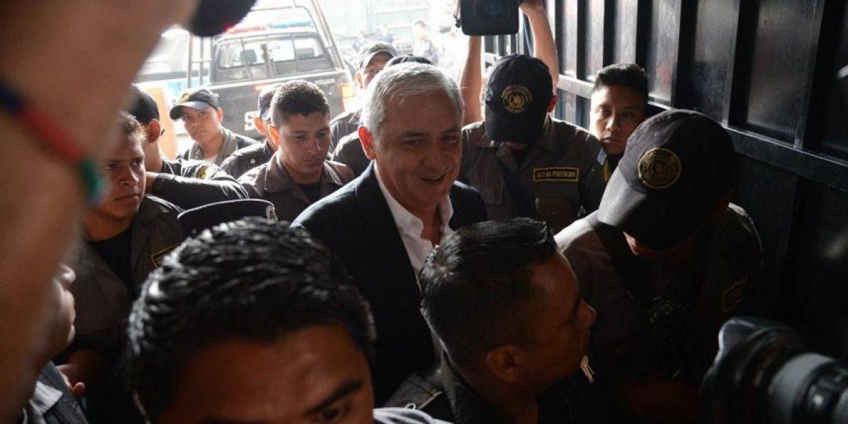 Pérez Molina dice que la nulidad del contrato en la Portuaria no le afecta