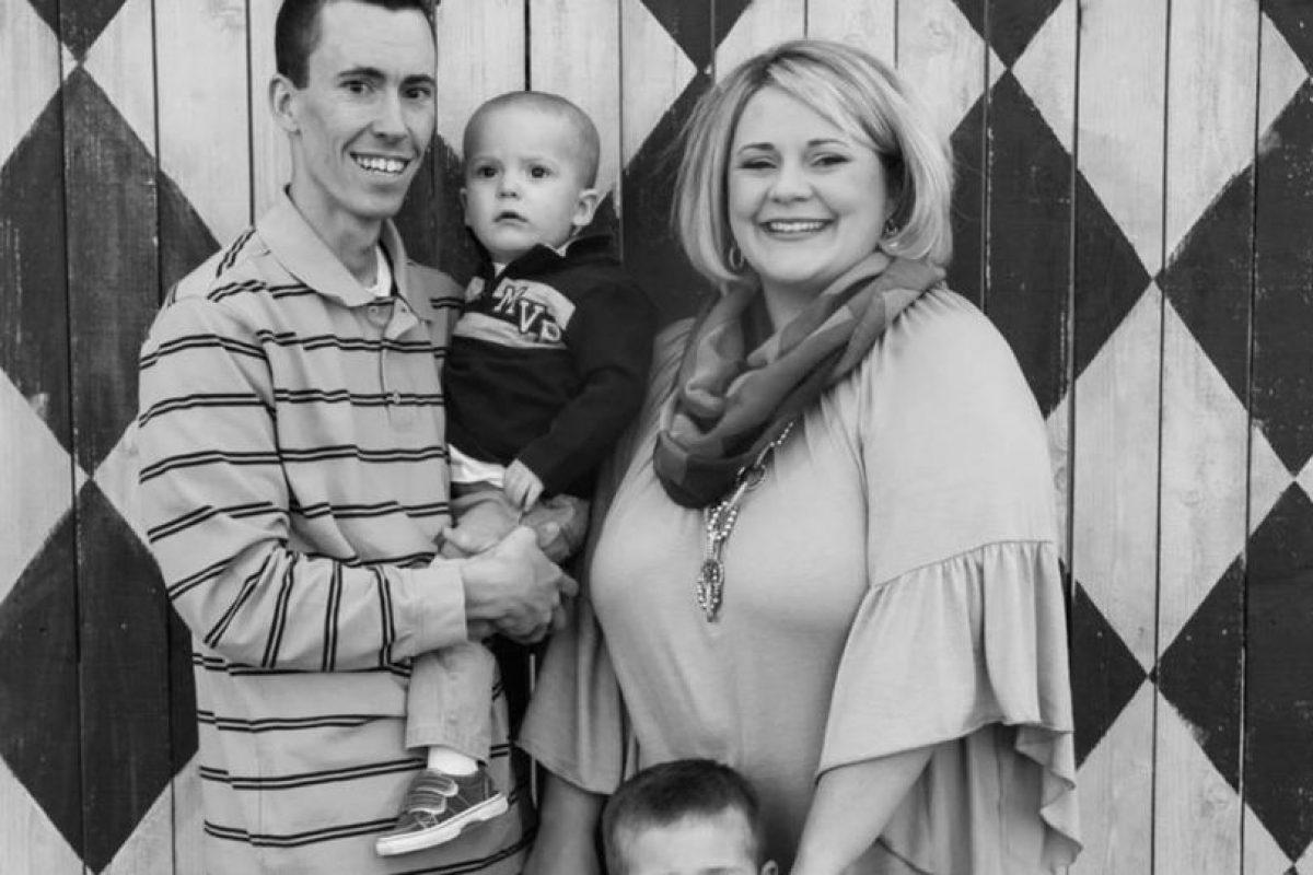 Delbert Latham y su familia Foto:Facebook