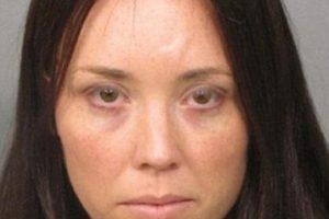 Sobrevivió y ahora podría enfrentar cargos por mal cuidado de menores Foto:Jacksonsville Sheriff's Department