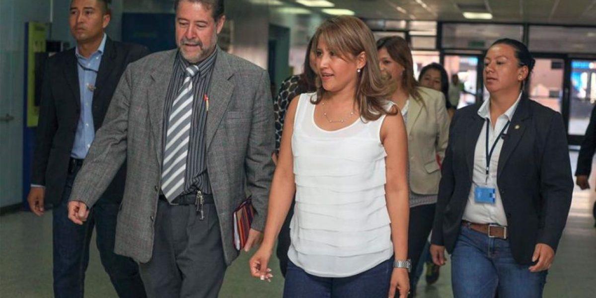 Primera dama entrega donativo de jabones al Hospital General