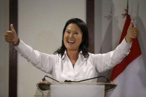 Según la empresa Ipsos, Fujimori recibió el 37,8 por ciento de los votos. Foto:AP
