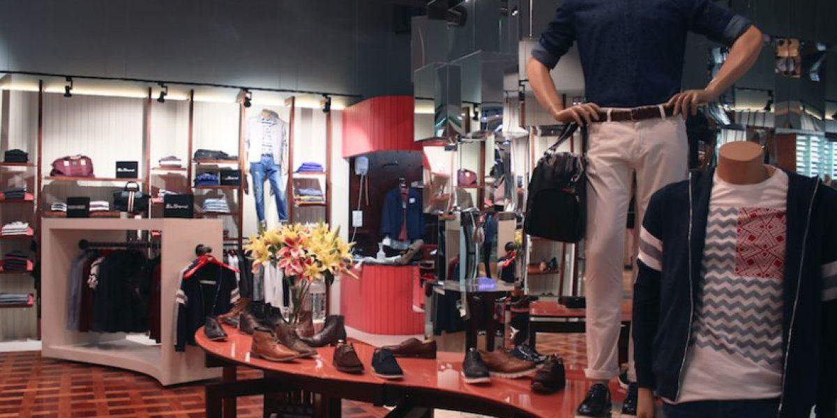 Saúl Oakland Mall estrena tienda con innovador diseño