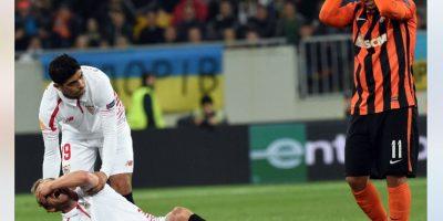 Lesión de Michael Krohn-Dehli del Sevilla en semifinales de la Europa League ante el Shakhtar