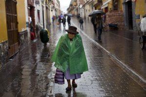 Y hoy continúa siendo la favorita a ocupar la Casa de Pizarro. Foto:AP