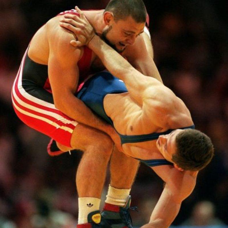 Él ganó la medalla de oro en lucha olímpica en Atlanta 1996 Foto:AP