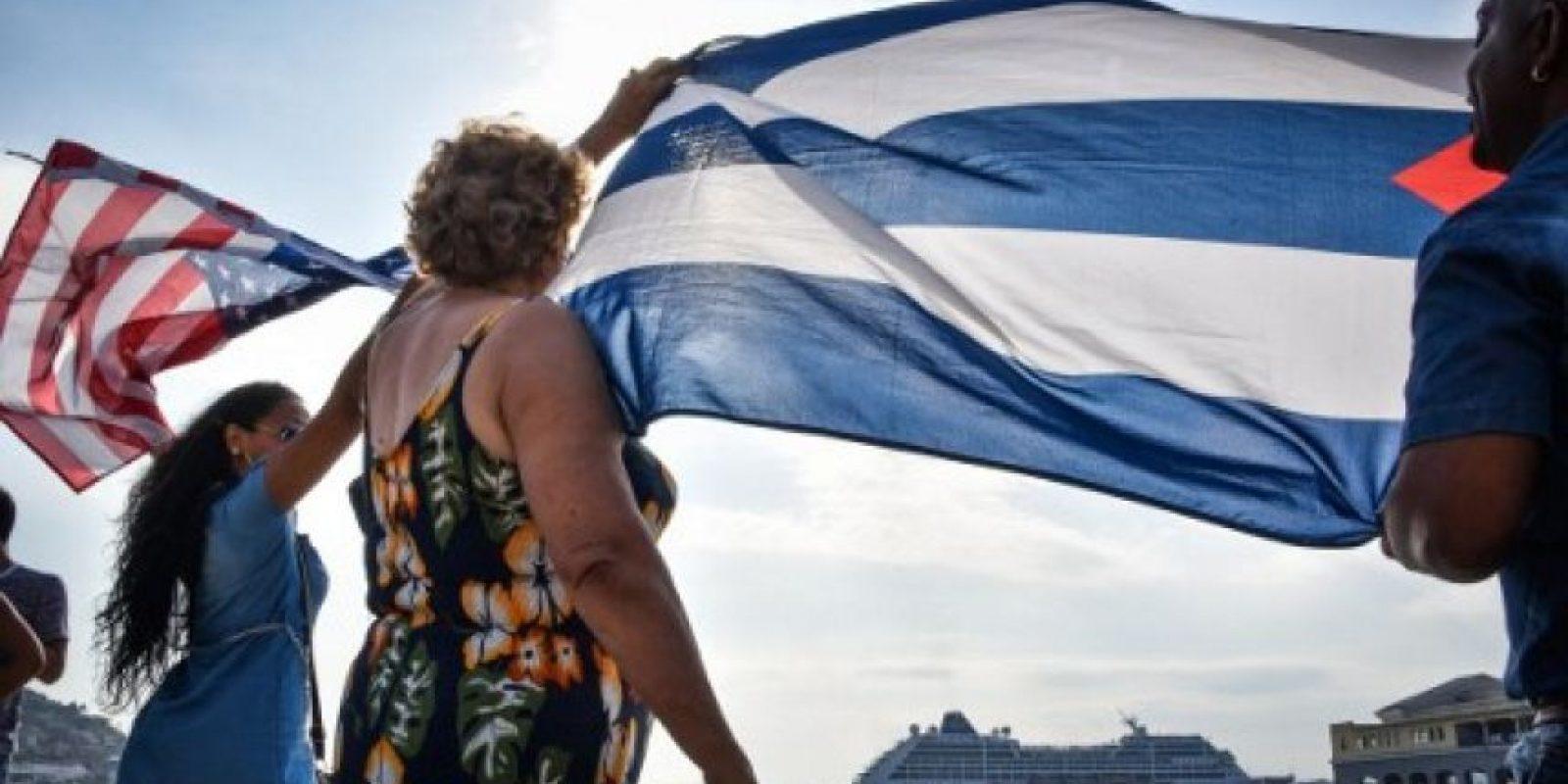 Algunos portaban banderas cubanas e incluso estadounidenses. Foto:AFP