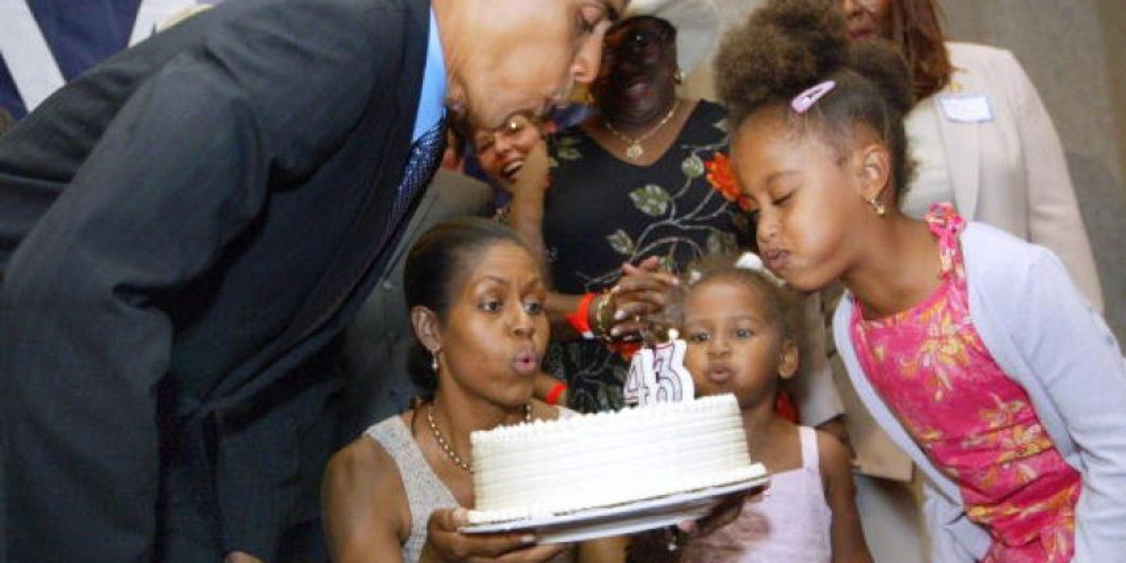 Sus primeras apariciones públicas fueron en 2004, cuando su Barack hacía campaña al senado Foto:Getty Images