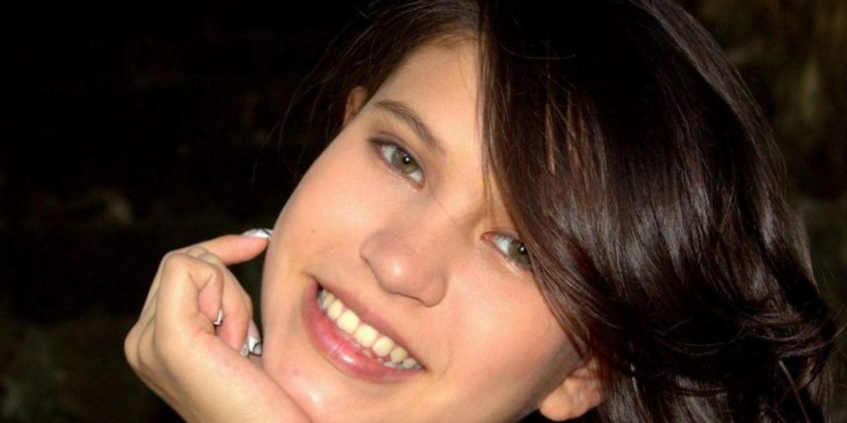 La guatemalteca Karla Herrarte lanza el cover de