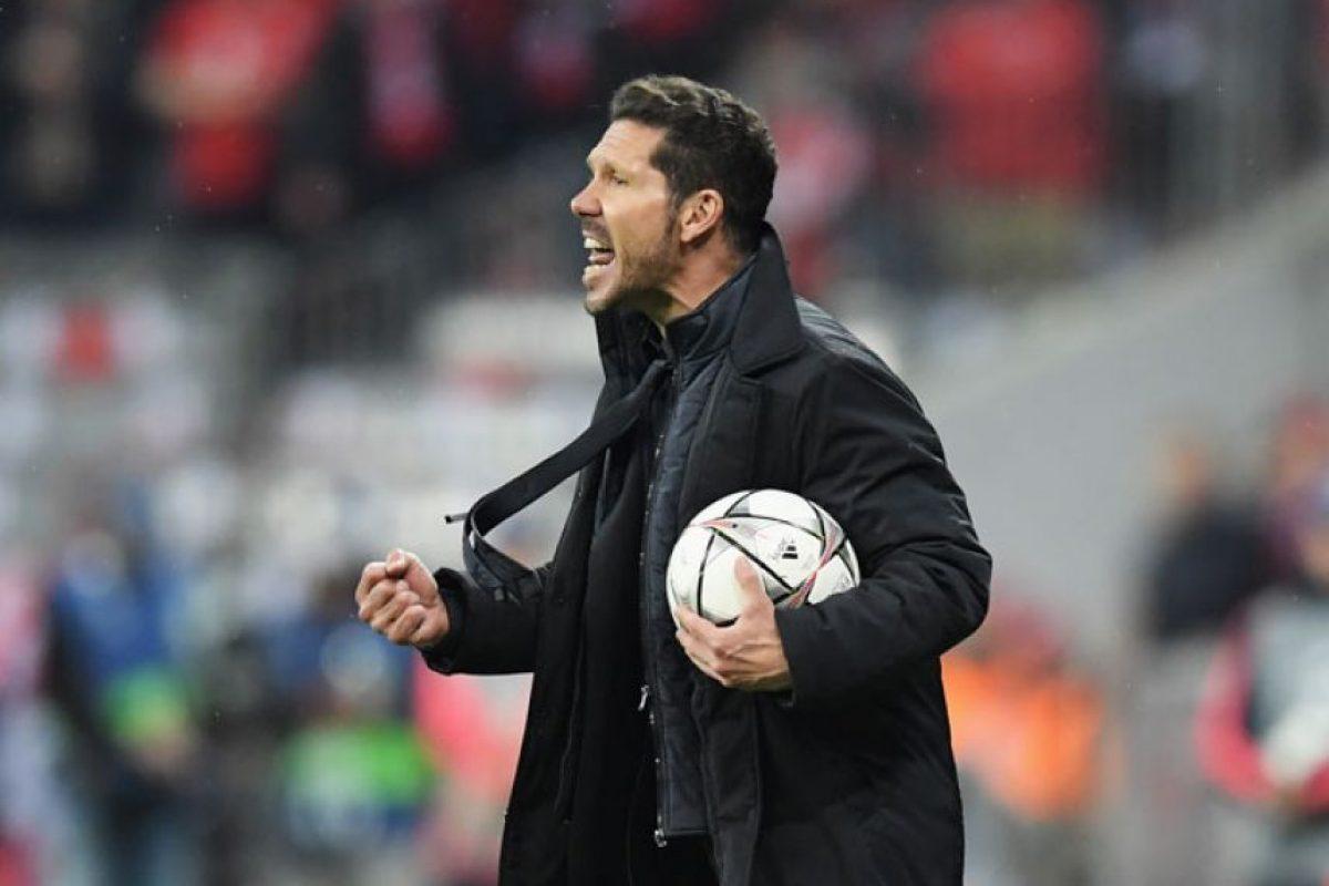 Fiel a su estilo, Simeone alentó a su equipo durante todo el encuentro. Foto:Getty Images