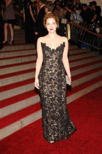 Drew Barrymore en esta maravilal de encaje. Foto:vía Getty Images