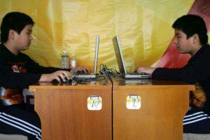 Los ciberacosadores eligen a sus víctimas al azar. Foto:Getty Images