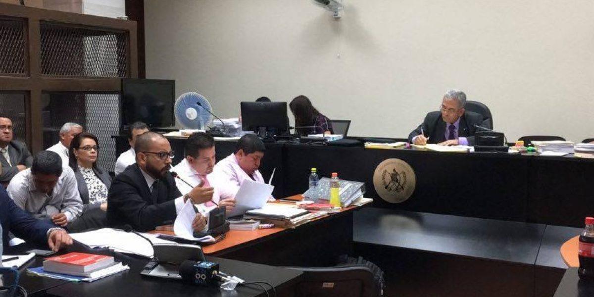 Los primeros tres defensores inician los argumentos en contra de la acusación #CasoTCQ
