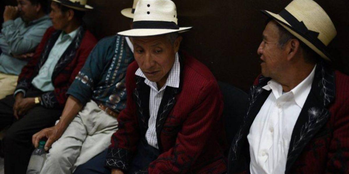 El juicio especial por genocidio en contra de Ríos Montt se suspende por un amparo