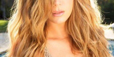 Esposa de William Levy cautiva con sus fotos sensuales en bikini