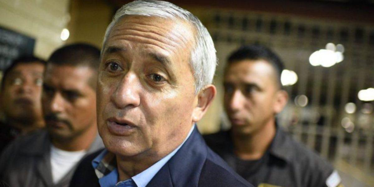 Expresidente recuerda la renuncia de Roxana Baldetti como su vicepresidenta