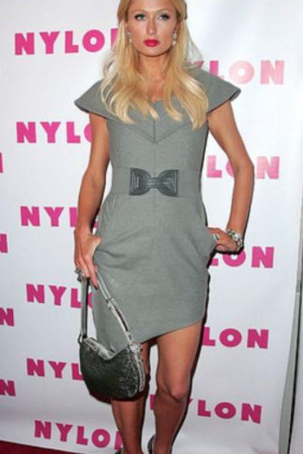Vestido gris informal. Foto:vía Getty Images