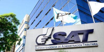Economistas y analistas fiscales alertan sobre cambios en la SAT