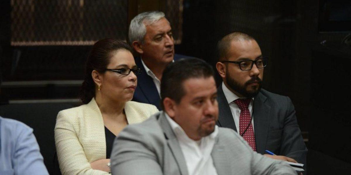 Juez vincula como cabecillas de estructura de corrupción a Pérez Molina y a Baldetti