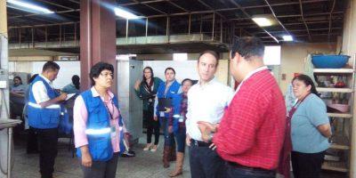Verifican plaga de ratas y cucarachas en el Hospital de Quetzaltenango y advierten riesgos