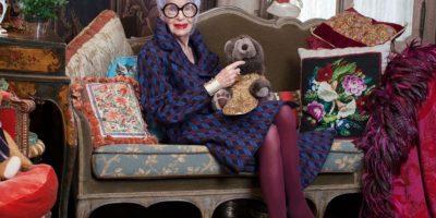Iris Apfel Es uno de los íconos de estilo más importantes del mundo. Foto:Vía Alexis Bittar