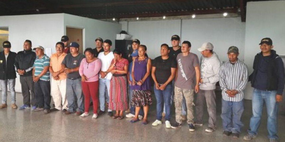 PNC reporta 13 personas detenidas por vender celulares en la zona 8