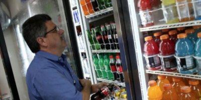 Estados Unidos ganó la segunda posición como uno de los mayores consumidores de bebidas azucaradas, con un estimado de 125 muertes por un millón de adultos. Foto:Getty Images