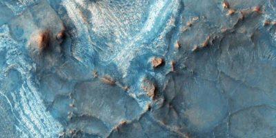 La Tierra es dos veces del tamaño de Marte. Foto:NASA
