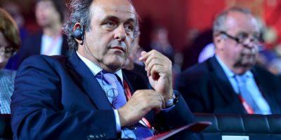 UEFA: Michel Platini renuncia a la presidencia del fútbol europeo