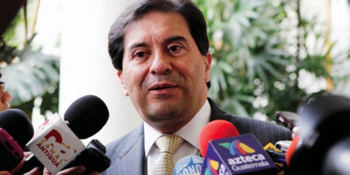 """Revelaciones de """"Panama Papers"""" alcanzan al excanciller Harold Caballeros"""