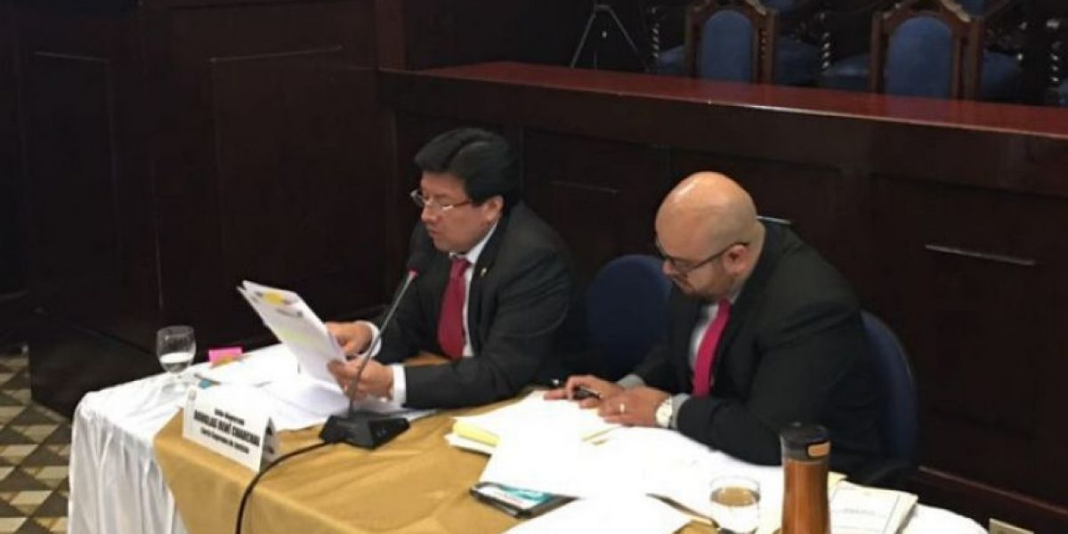 Corte de Constitucionalidad deniega amparo provisional a Douglas Charchal