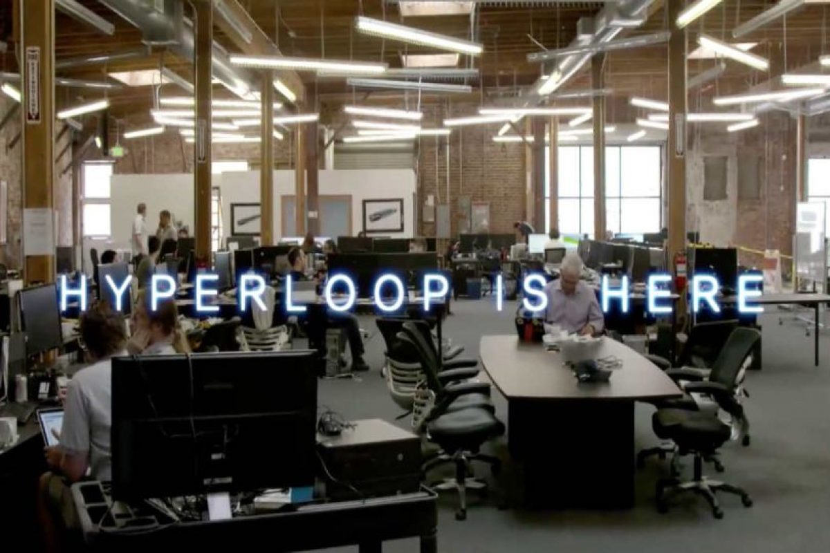 """Hyperloop está aquí"" Foto: Hyperloop"