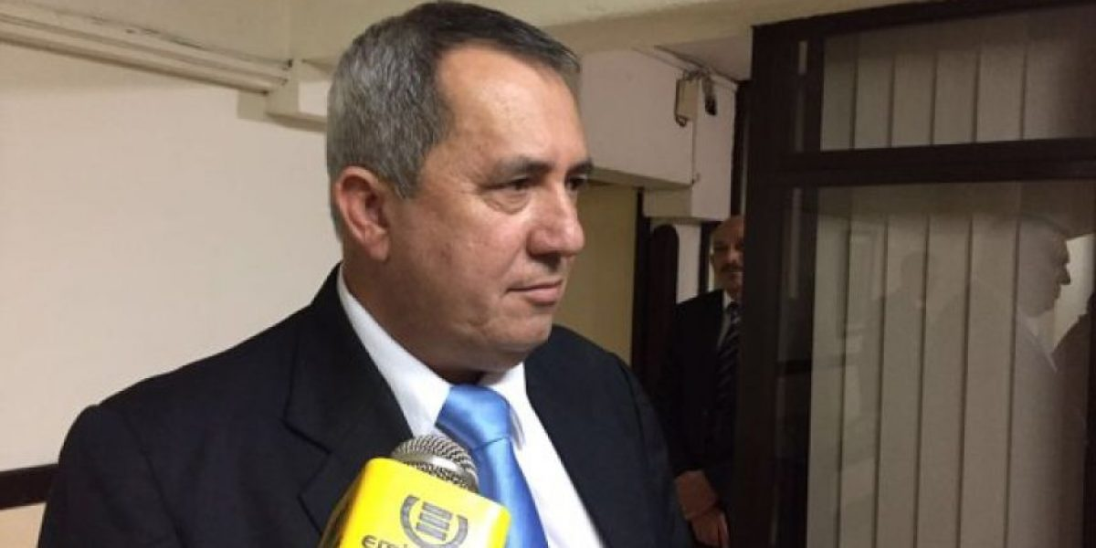 Legislador oficialista solicita cambio de juez por el antejuicio en enfrenta