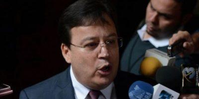Magistrado Vladimir Aguilar enfrenta nueva solicitud de antejuicio