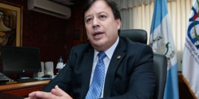 Corte admite y traslada un antejuicio al Congreso en contra del magistrado Vladimir Aguilar