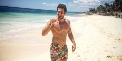 Actor de TV Azteca disfruta su noviazgo con su guapo colega