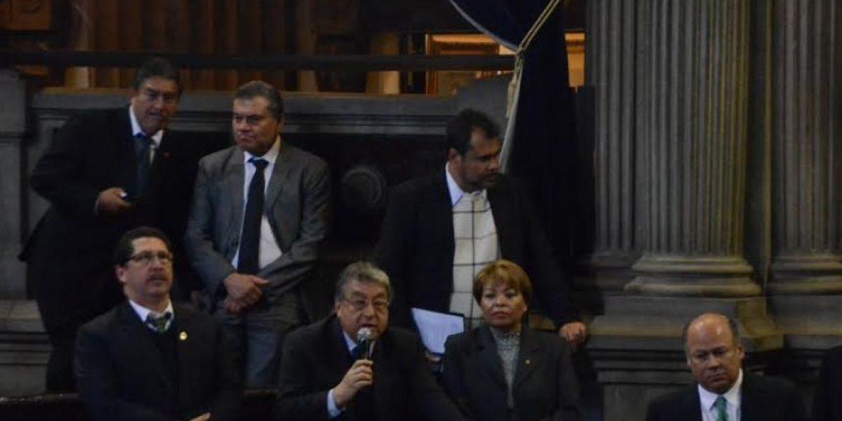 Diputados acuerdan sesionar en receso legislativo