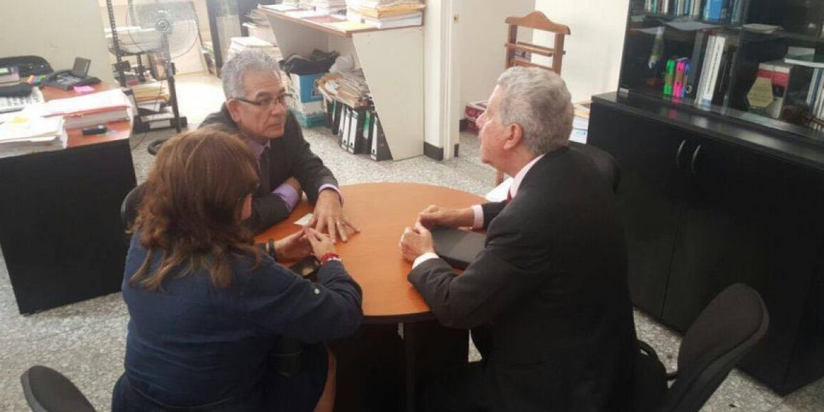 Colegio de Abogados y Notarios de Guatemala se solidariza con juez Miguel Ángel Gálvez