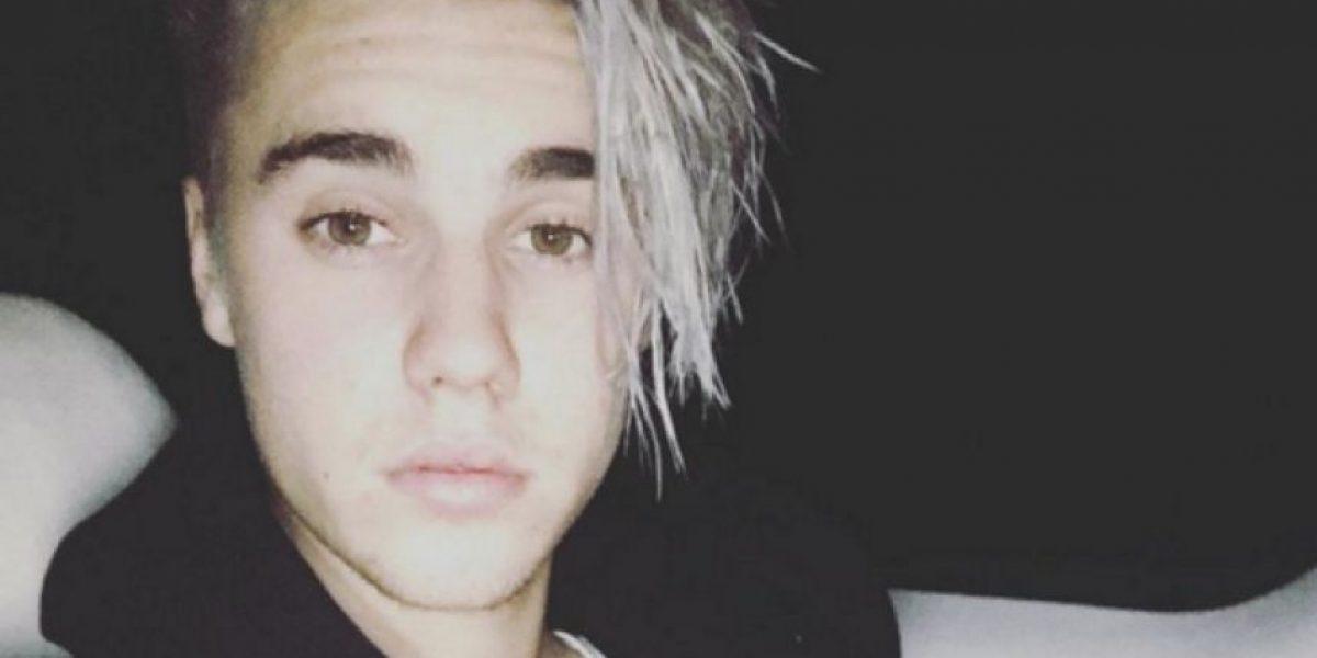 Justin Bieber reaparece en público de fiesta y tomando tequila