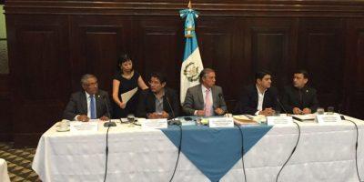 Pesquisidora sesiona pese a renuncia de Vladimir Aguilar al cargo de magistrado de CSJ