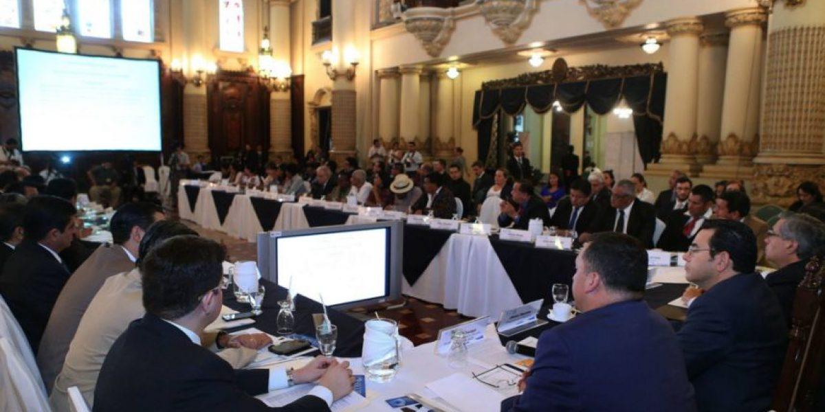 En reunión del Conadur le piden a Jimmy Morales que sancione las reformas electorales