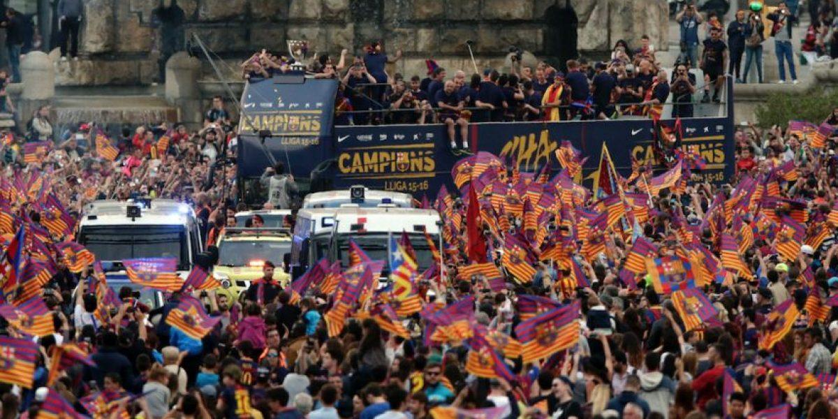 IMÁGENES. El Barça luce el trofeo de ¿la mejor liga de Europa?
