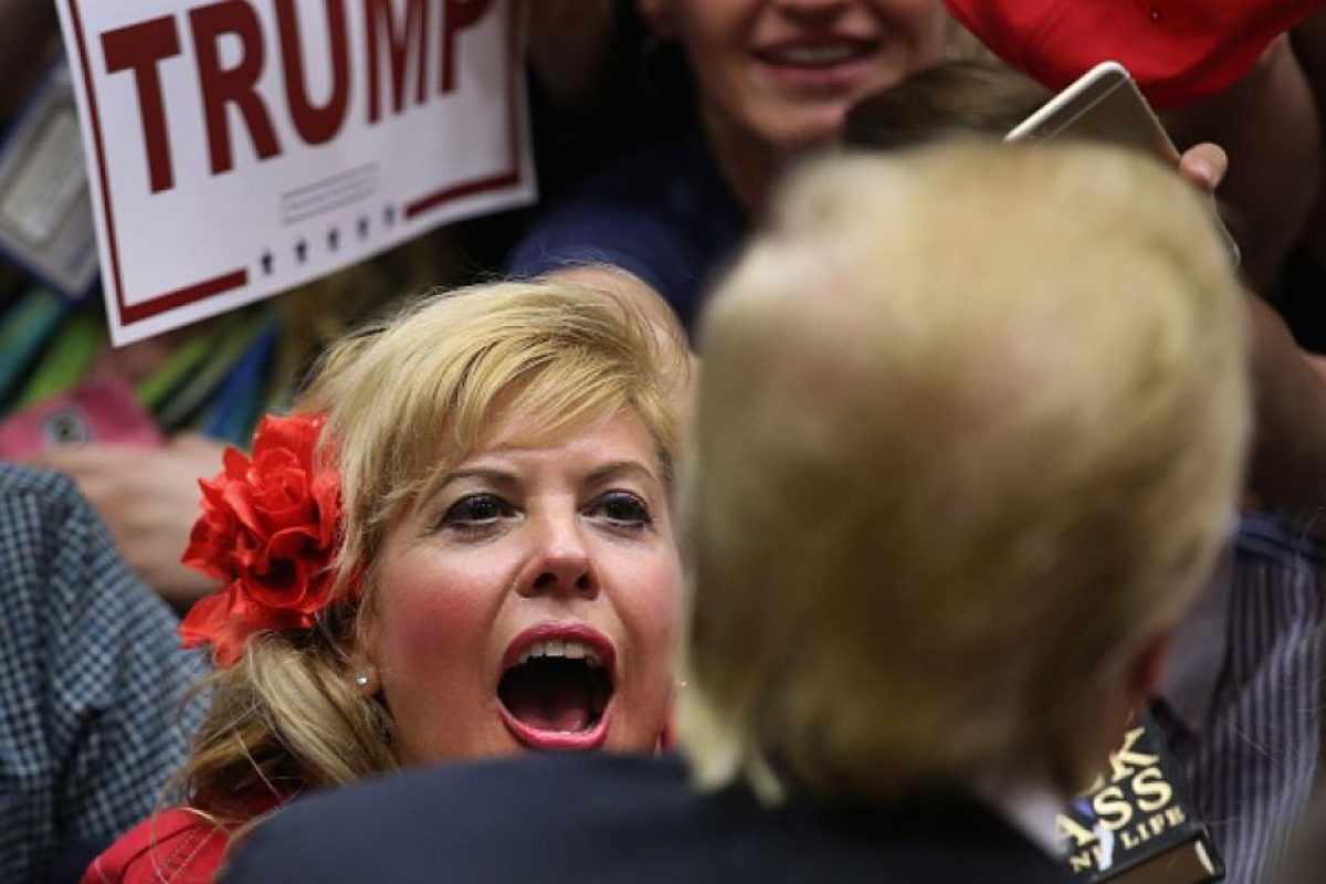 concluyeron que su plan de deportar a los mexicanos ilegales podría reducir en aproximadamente 2% la economía estadounidense Foto:Getty Images