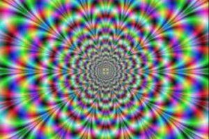 """Esto hace que los ojos """"resuelvan"""" ver solo una cosa de lo que perciben. Foto:vía Twitter"""