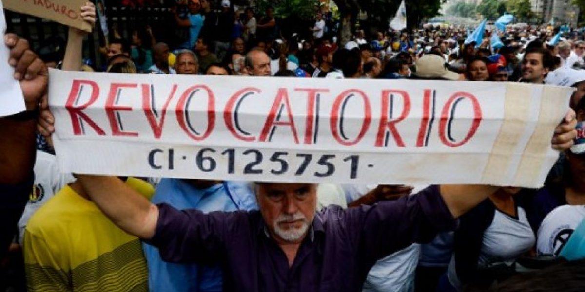 Nicolás Maduro reprime marcha masiva opositora en Venezuela