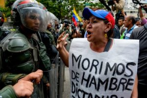 Maduro ganó con el 50.61% de los votos (siete millones 587 mil 532). Foto:AFP